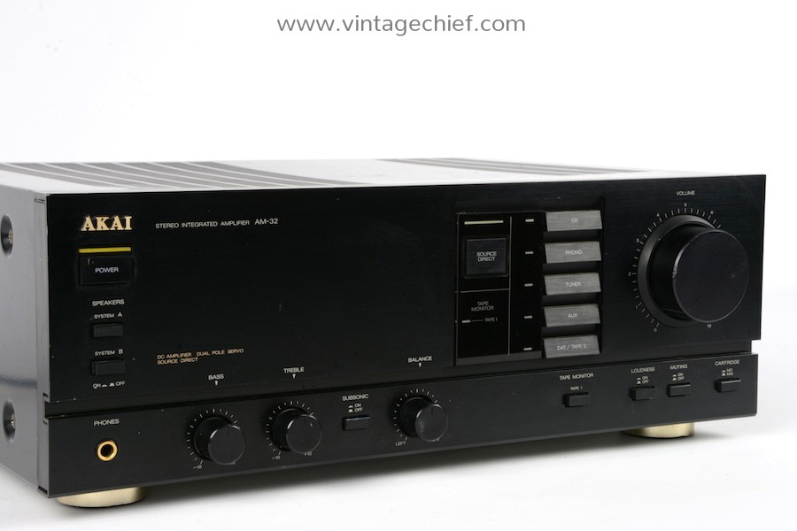 Akai AM-32 Amplifier