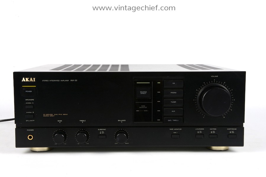 Akai AM-32 Amplifier