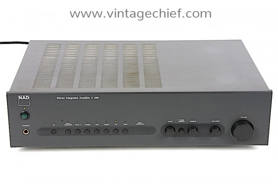NAD C320 Amplifier