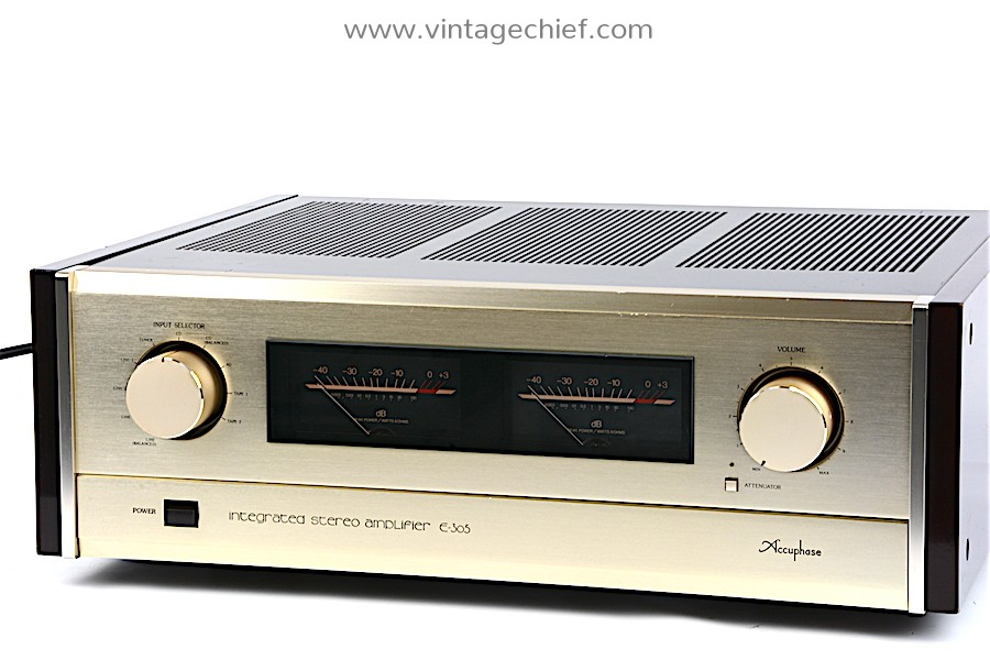 Accuphase E-305 Amplifier