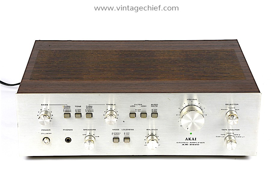 Akai AM-2400 Amplifier