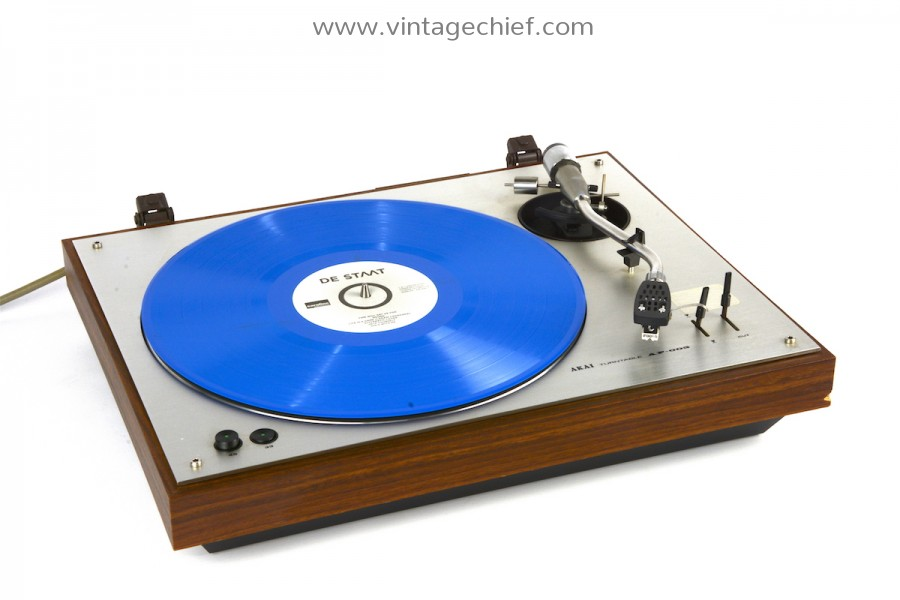 Akai AP-003 Turntable