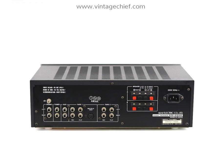 Akai AM-2250 Amplifier