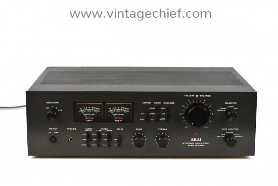 Akai AM-2600 Amplifier