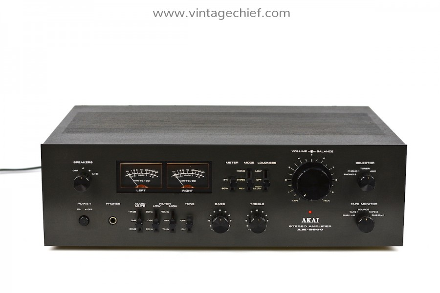 Akai AM-2600 Amplifier
